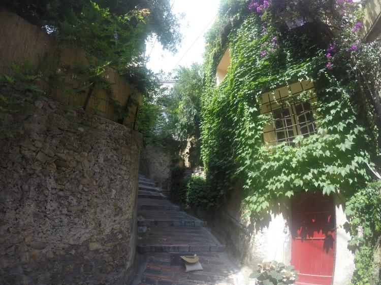 Une ruelle de Roquebrune Cap-Martin
